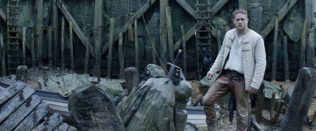 king-arthur-legend-of-the-sword-photo025-1494622655983_1280w